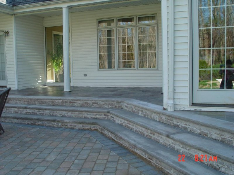 Slate with Limestone Back Steps